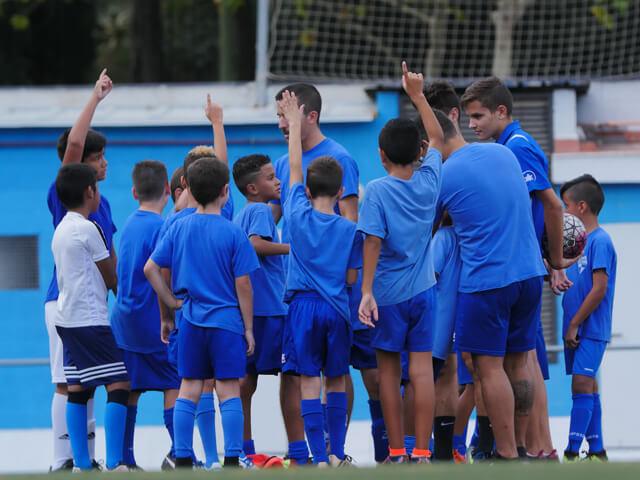 https://www.cfcanvidalet.com/wp-content/uploads/2018/11/Horarios-entrenamiento-640.jpg