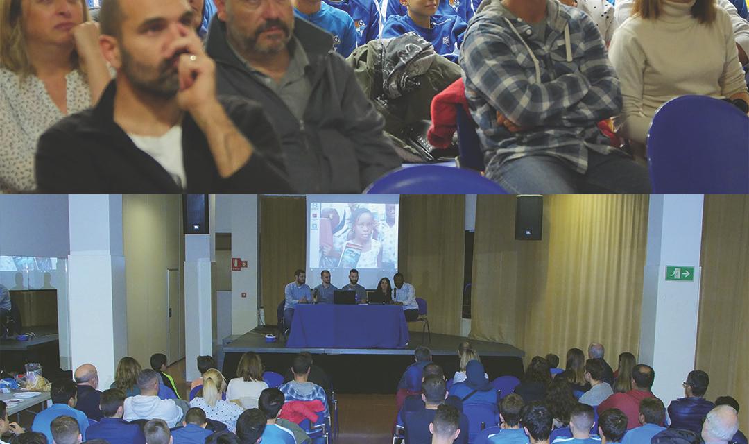 https://www.cfcanvidalet.com/wp-content/uploads/2018/11/acto-de-presentacic3b3n-del-trabajo-1080x640.jpg